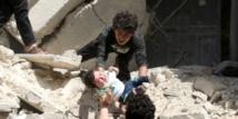 Bombardements aériens sur des hôpitaux d'Alep et tirs de roquettes sur Damas