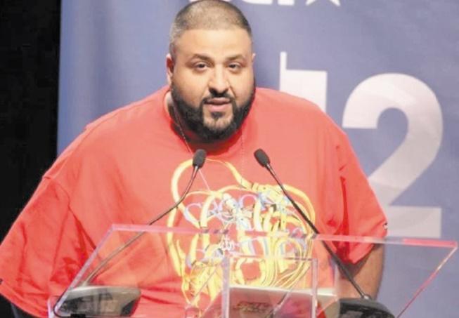 DJ Khaled détrône Drake en tête des ventes d'albums