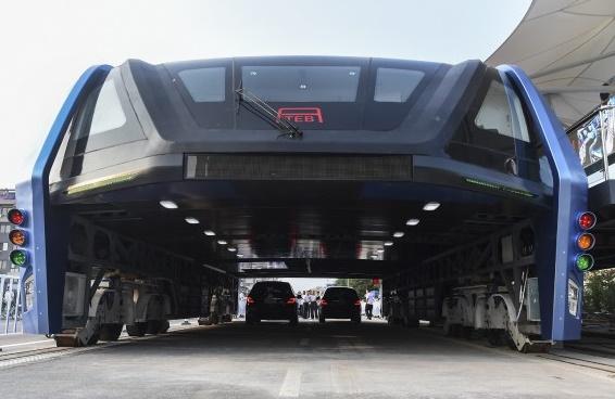 Le bus chinois du futur, trop beau pour être vrai