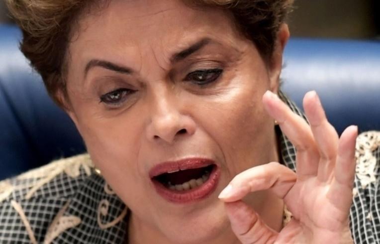 Sitôt destituée, Dilma Rousseff contre-attaque