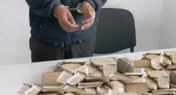 Arrestation à Hassi Berkane d'un multirécidiviste pour trafic international de drogue