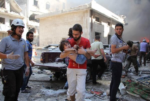Trêve en sursis après des raids contre l'armée et sur Alep