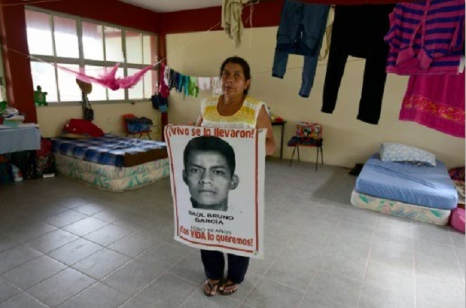 Dans l'école des étudiants disparus, des familles toujours dans l'expectative