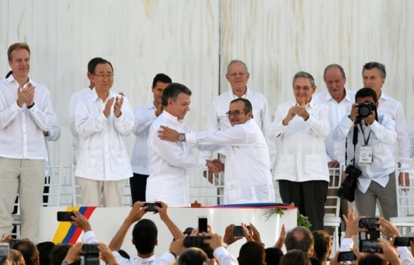 Nouvelle ère pour la Colombie après la signature de l'accord de paix historique avec les Farc
