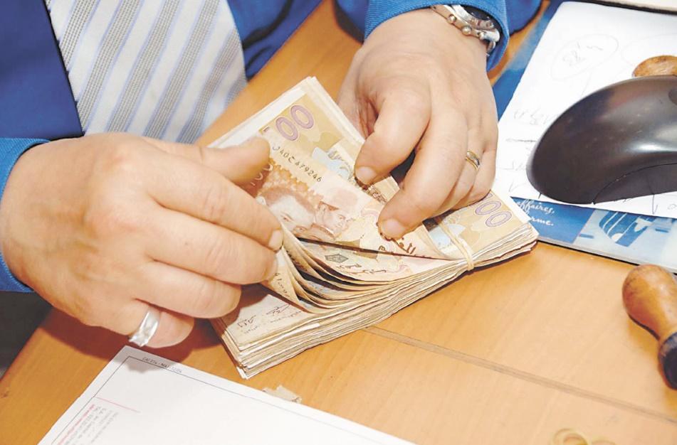 Légère progression des transferts d'argent vers les pays en développement