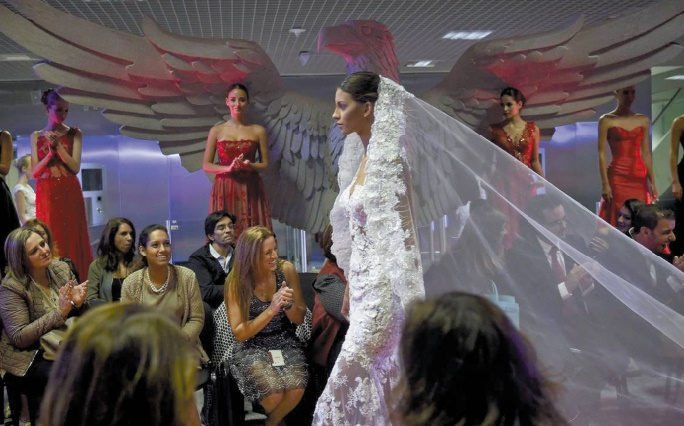 Insolite : Les robes de mariée de Benfica