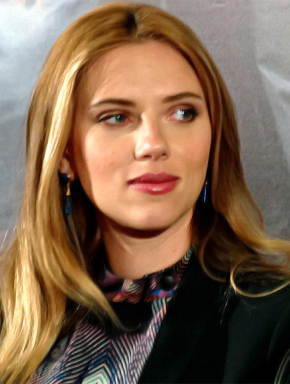 Scarlett Johansson bientôt serveuse