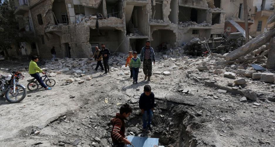 Nuit de bombardements sur Alep et Idleb