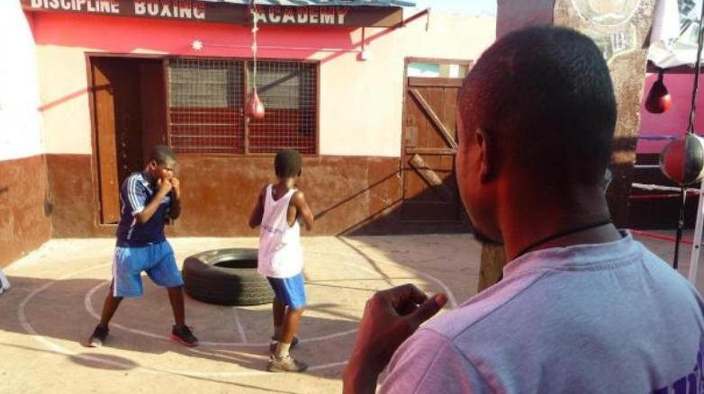 """Bukom, le quartier d'Accra où l'on """"construit les champions"""" de boxe"""