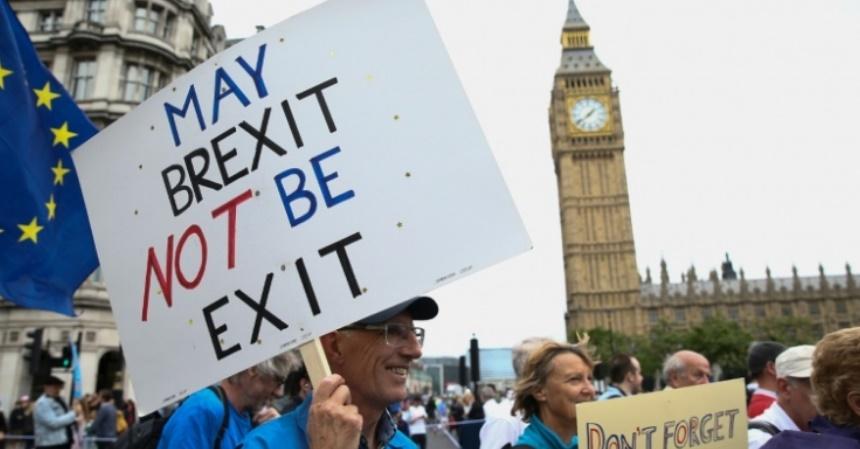 Les agressions racistes inspirées par le Brexit
