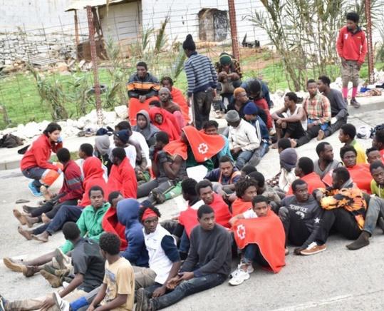 400 migrants forcent le passage de Sebta