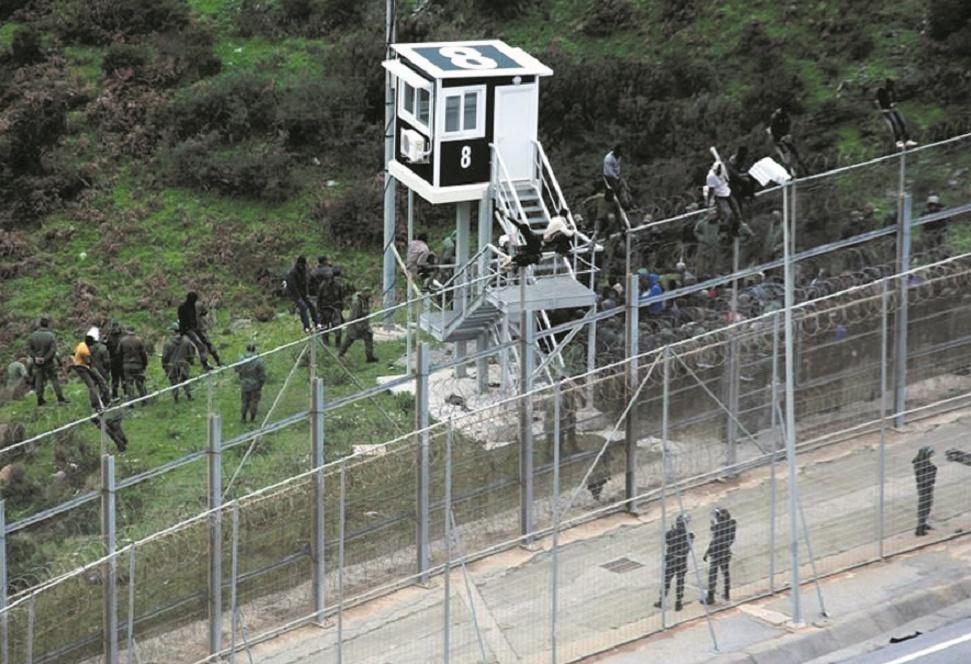L'Intérieur hausse le ton contre les migrants irréguliers