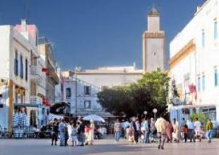 Trois artistes exposent collectivement leurs récentes œuvres à Essaouira