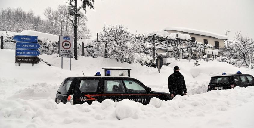 De nombreux morts dans un hôtel touché par une avalanche en Italie