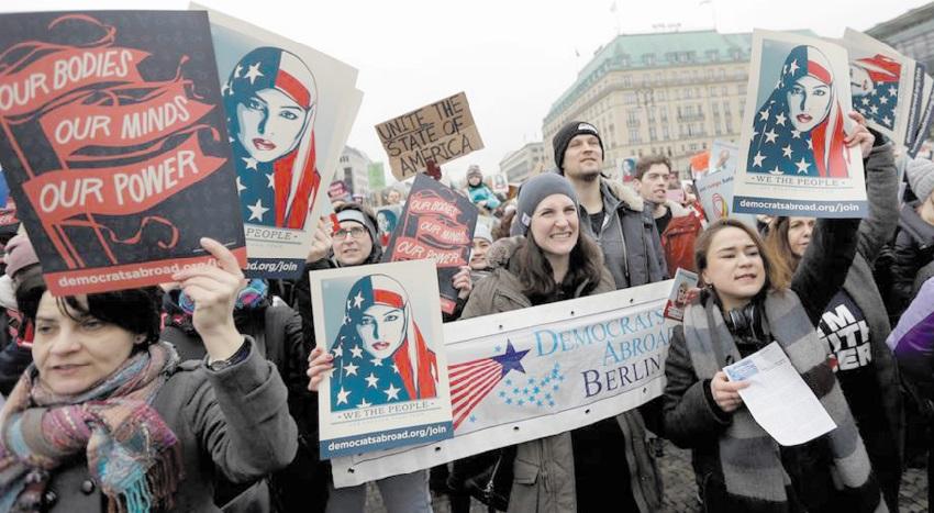 Manifestations monstres contre Donald Trump dans le monde