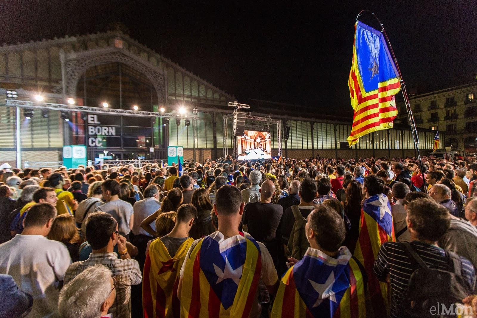 Manifestation à Barcelone  à l'ouverture du procès d'Artur Mas