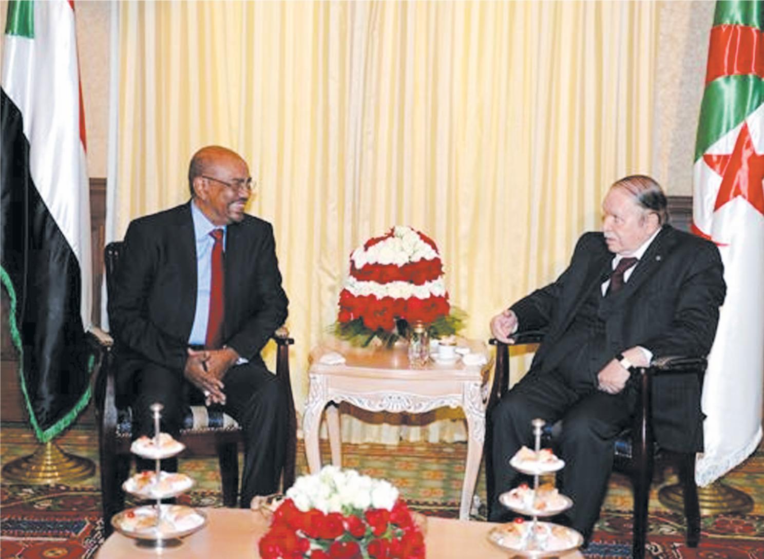 Les relations  diplomatiques  de l'Algérie avec les pays qui  soutiennent  le terrorisme