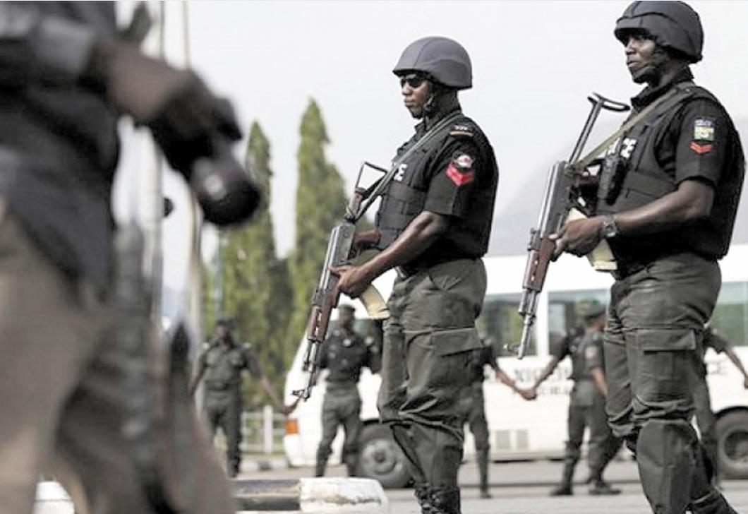 Trois kamikazes se tuent  dans le nord-est du Nigeria