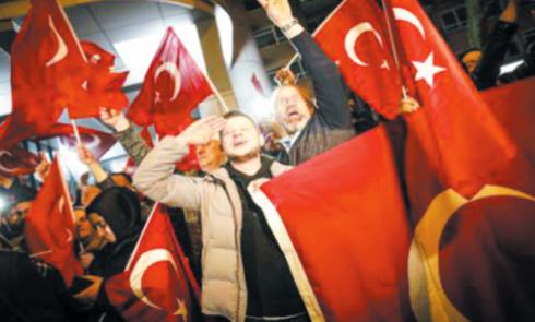 La crise entre la Turquie  et les Pays-Bas s'amplifie