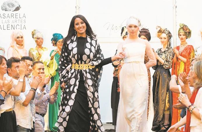 """La créativité des jeunes stylistes marocains mise en exergue à la """"Passerelle New Models"""" de Séville"""