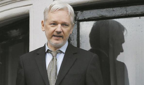 Un documentaire sur Assange par une réalisatrice proche de Snowden