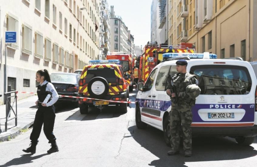 Une tentative d'attentat déjouée à l'approche de la présidentielle en France