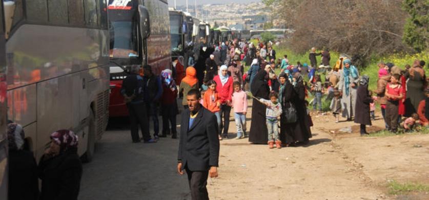 Reprise en Syrie des évacuations de populations assiégées
