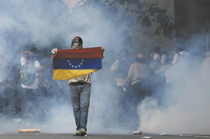 Trois morts dans des manifestations au Venezuela