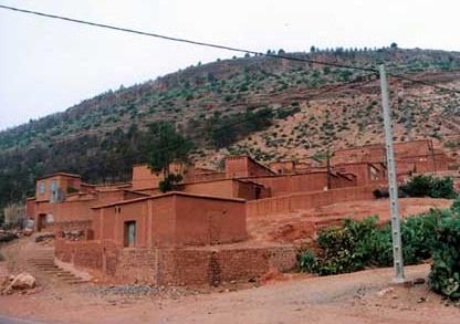 Lancement d'un projet d'alimentation en électricité de 94 douars de Khouribga