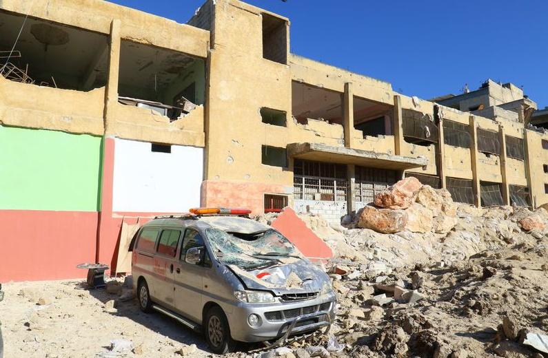 Un raid aérien endommage un hôpital de la province d'Idlib en Syrie