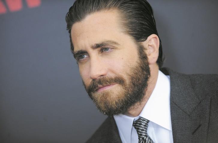 Ces célébrités qui ont fait des études étonnantes : Jake Gyllenhaal: Etudes des religions orientales et de philosophie