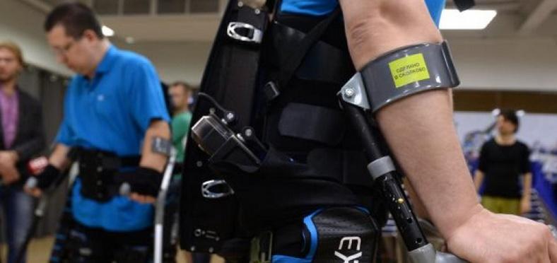 Un exosquelette pour empêcher les personnes âgées de tomber
