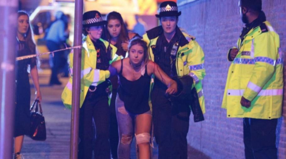 Au moins 22 morts, dont des enfants, dans un attentat suicide à Manchester