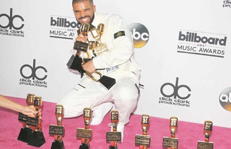 Drake bat un record de plus lors des Billboard Music Awards