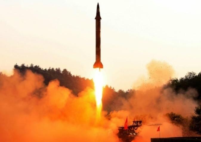 La Corée du Nord tire une volée de missiles sol-mer