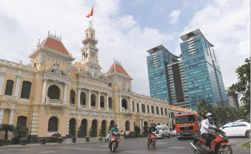 Le charme de l'ancien Saïgon menacé par les tours modernes