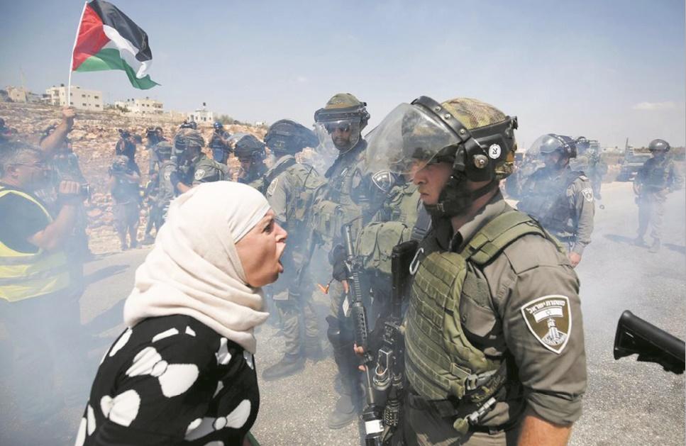 26 écrivains de renom condamnent l'occupation israélienne