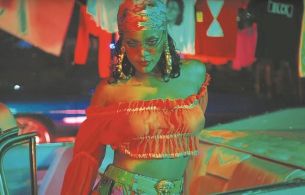 """""""Wild Thoughts"""": Rihanna enflamme le nouveau clip de DJ Khaled"""