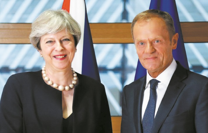 Theresa May dévoile un peu de son Brexit à une UE revigorée
