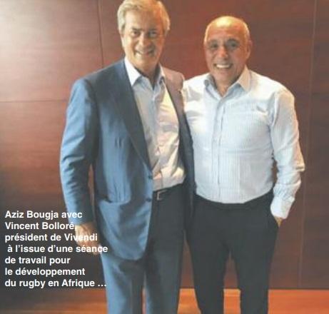 Aziz Bougja avec  Vincent Bolloré,  président de Vivendi  à l'issue d'une séance  de travail pour  le développement  du rugby en Afrique …