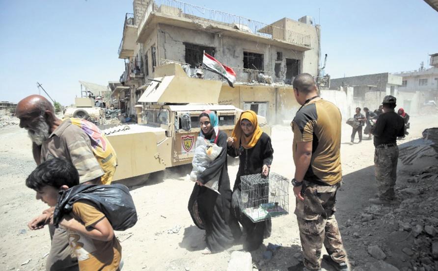 Près de 20.000 civils demeurent pris au piège des combats acharnés à Mossoul
