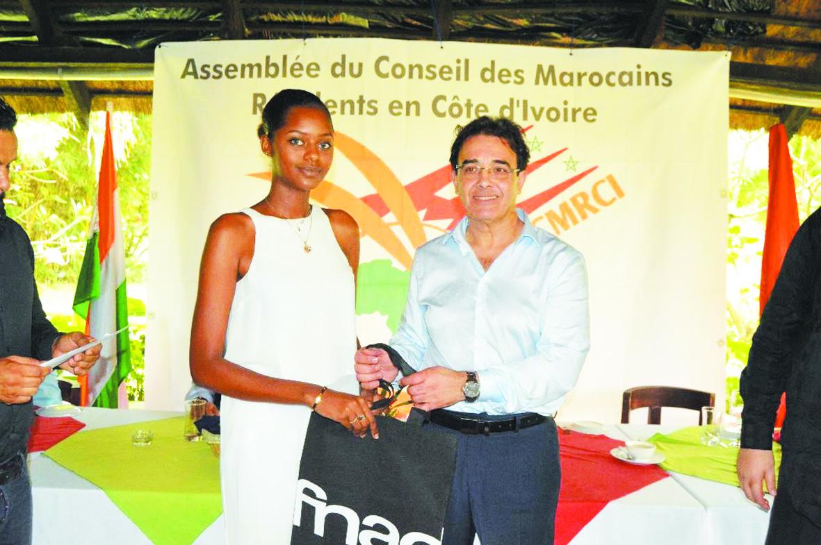 Abdelkrim Benatiq auprès de  la communauté marocaine d'Abidjan