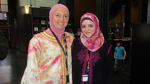 Nadia et Salma, les deux chevilles ouvrières de la Grande bibliothèque d'Oslo