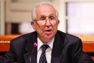 La bibliothèque de feu Mohamed Larbi Messari offerte à la Chaire pour l'éthique journalistique de l'ISIC