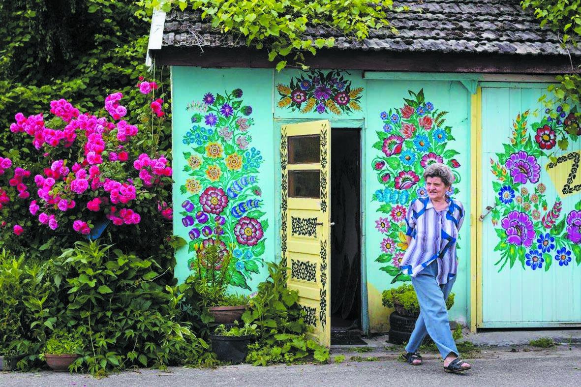 Au village de Zalipie, les murs  fleurissent hiver comme été