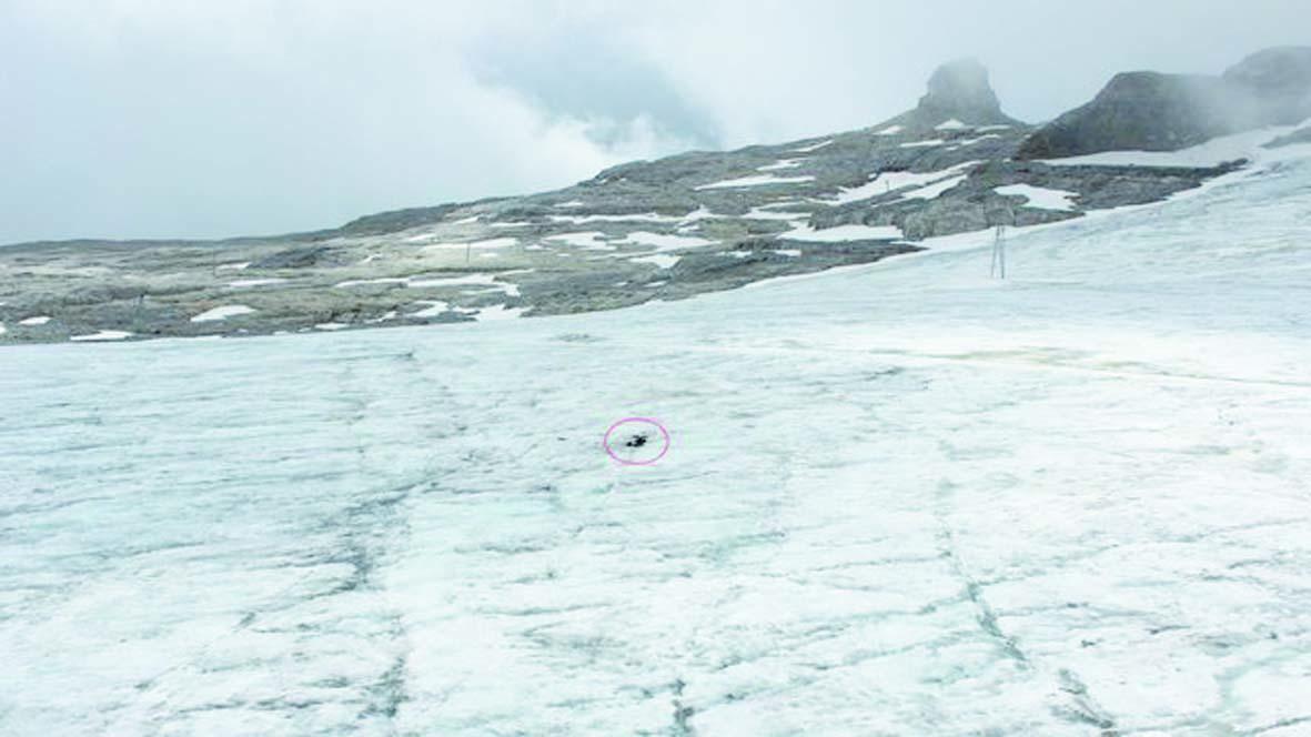 Rendu par un glacier après 75 ans, un couple a pu enfin être inhumé