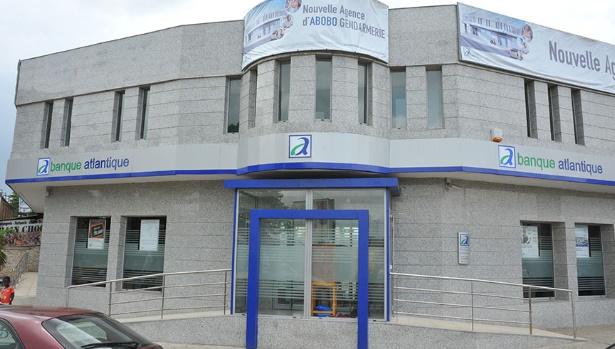 Signature à Abidjan d'une convention de partenariat entre la Banque atlantique et le ministère du Commerce et de l'Artisanat