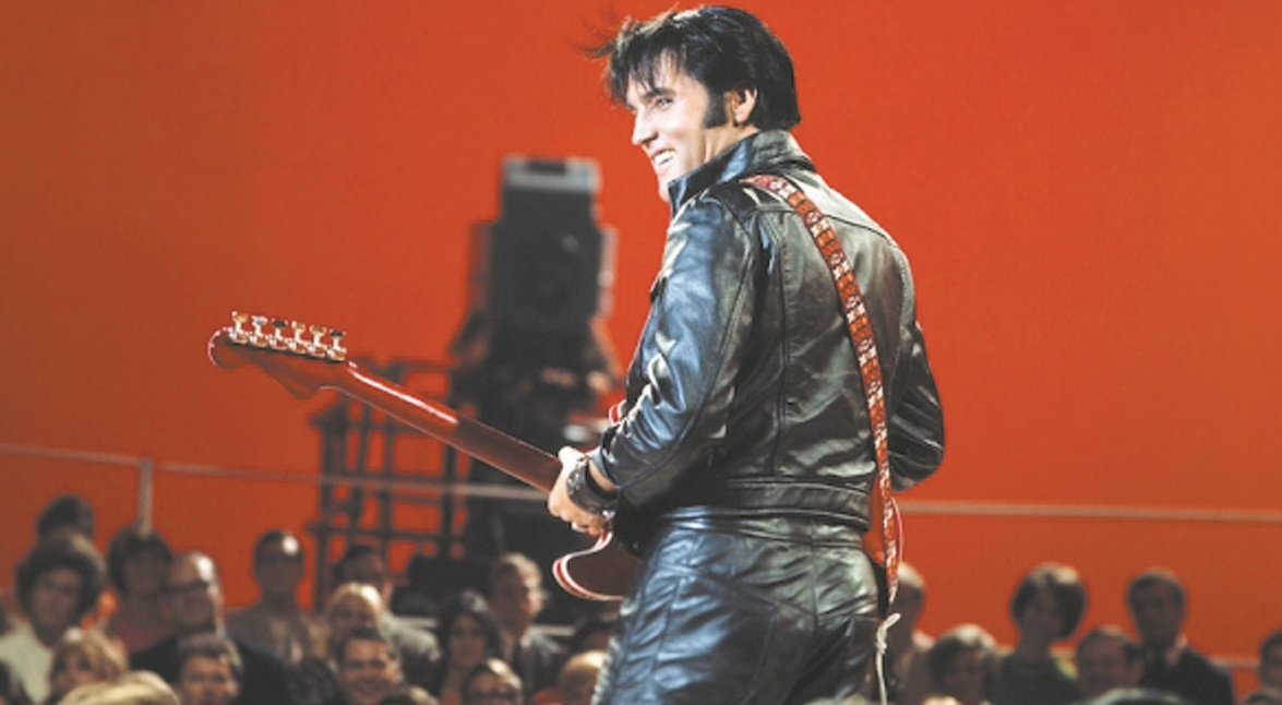 """40 ans après la mort du """"King"""", l'Amérique célèbre encore Elvis Presley"""