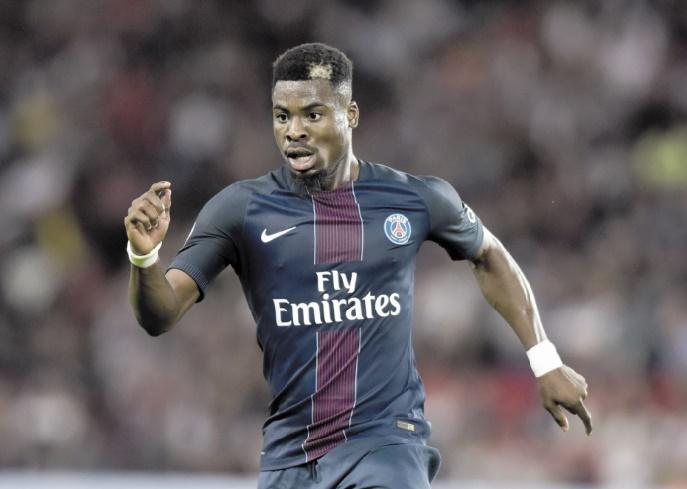 Le PSG et Tottenham proches d'un accord pour Aurier?