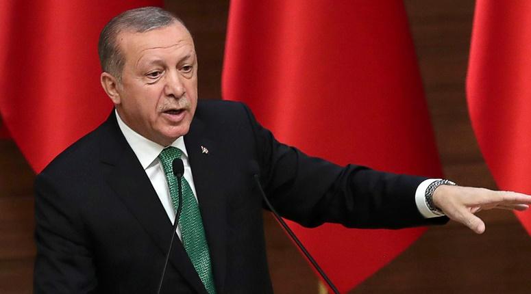 900 nouveaux limogeages en Turquie